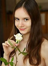 Eiby Shne smile